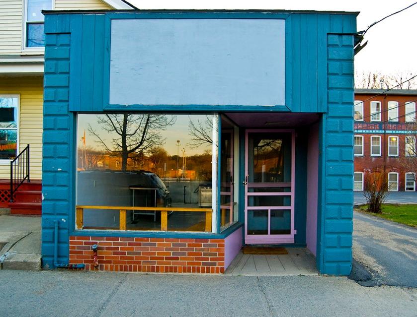 empty-storefront-11